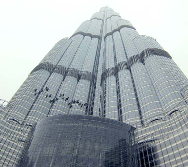 incentive-travel-solutions-dubai-window-washers.jpg
