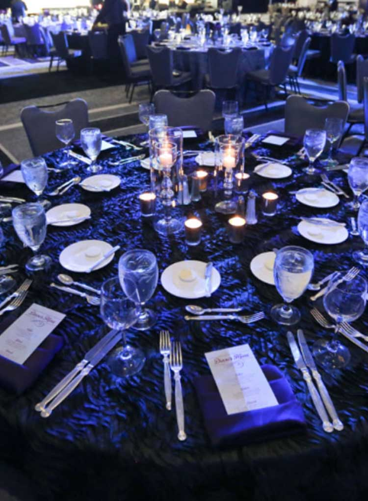 incentive-travel-table-setting-decor.jpg