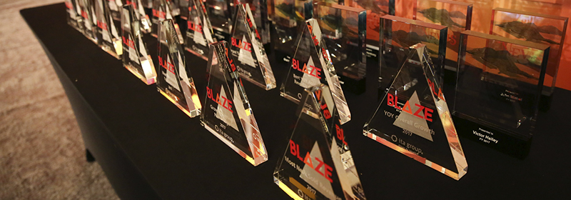 Pyramid shaped glass sales performance awards