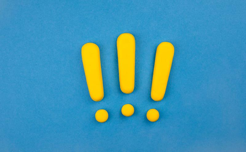 three exclamation points symbolizing event mistakes