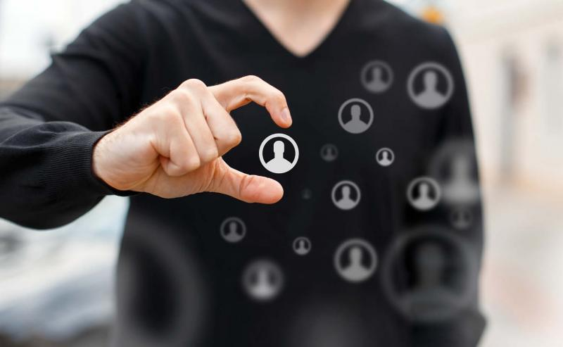 person identifying target audience for channel partner program